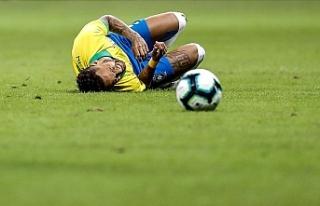 Neymar'ın ayağında kırık tespit edildi