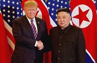 Trump ile Kim 'silahsızlandırılmış bölgede'...
