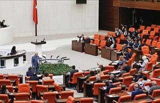 Türkiye'de İlkokula başlama yaşı 69 aya...
