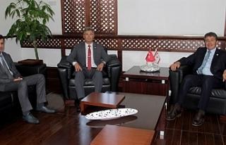 Üstel, Sivil Savunma Başkanı Karakoç'u kabul...