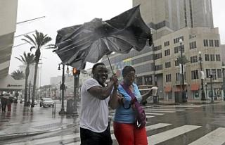 ABD'deki Barry Kasırgası tropikal fırtınaya...