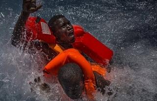 Akdeniz'de 686 düzensiz göçmenin hayatını...