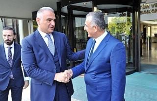 Ankara'da mevkidaşı ile görüştü