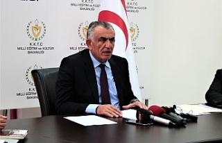 """Çavuşoğlu: """"Anlaşmalar, anayasa ve yasalara..."""