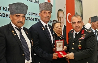 Diyarbakır'da 120 Kıbrıs gazisine madalya ve...