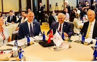 Hasipoğlu, İstanbul'da konferansa katıldı