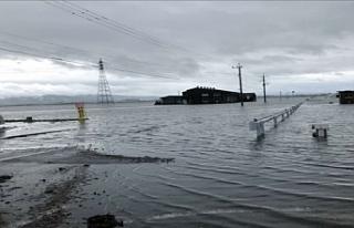 """Japonya'da sel uyarısı: """"Binlerce kişiye..."""