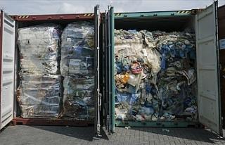Kamboçya 83 konteyner dolusu plastik atığı geri...