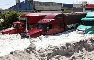 Meksika'da dolu fırtınası: Guadalajara kenti...