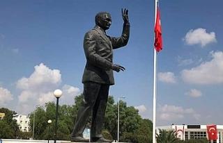 Merhum Bülent Ecevit cuma günü Lefkoşa'da da...