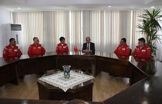 Özersay, Türk Yıldızları akrobasi timini kabul...
