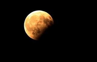"""""""Parçalı Ay Tutulması"""" ilgiyle izlendi"""