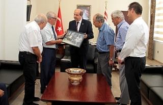 Tatar, Dr.Fazıl Küçük Vakfı heyetini kabul etti