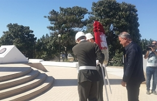 Akar, Kurucu Cumhurbaşkanı Rauf Raif Denktaş Anıt...