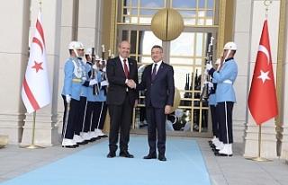 Başbakan Tatar, külliyede