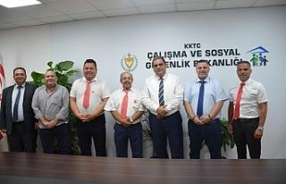 """Çalışma Bakanı Sucuoğlu: """"Yurt dışındaki..."""