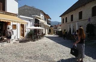 Limasol'da eski Osmanlı eserleri dökülüyor