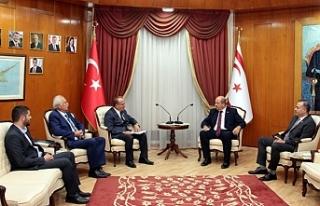 Tatar, Uluslararası Hilal İslam Komitesi yetkililerini...