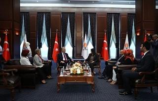Türkiye'de siyasi partilerde bayramlaşma ziyaretleri