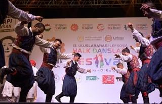 Uluslararası Lefkoşa Halk Dansları Festivali başladı