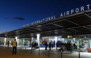 Baf Havalimanında sahte seyahat belgesi