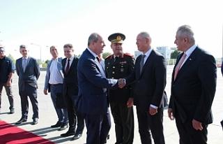 Başbakan Tatar, Ankara'ya gitti