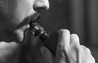 "E-sigara kullananlar dikkat: ""Akciğerlere hasar..."