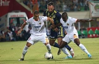 Fenerbahçe, Alanya'dan kayıpla dönüyor