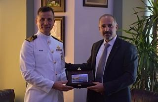 Girne Belediyesi Asbaşkanı Onurlu, Deniz Binbaşı...