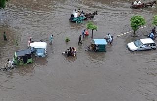 Hindistan'daki aşırı yağışlarda 18 kişi...