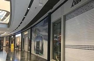 İngiltere'de ilk yarıda 2 bin 868 mağaza kepenk...