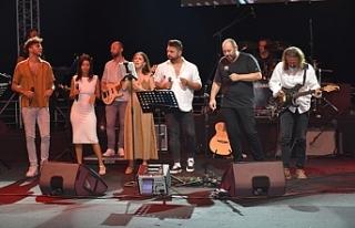 Kıbrıslı sanatçılardan yardım konseri