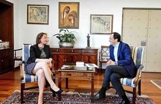 Rum Bakan Fransız Büyükelçi ile görüştü