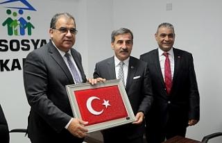 Sucuoğlu, Türkiye Kamu Sen heyetini kabul etti