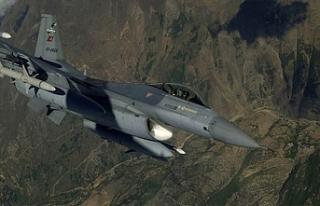 Türk F-16'ları Fırat'ın doğusunda uçtu
