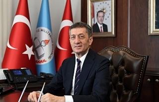 Türkiye Eğitim Bakanı Ziya Selçukbugün KKTC'ye...