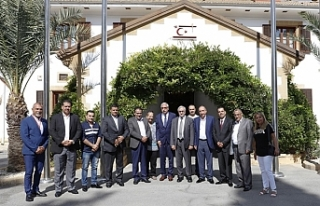Akıncı, Ürdün'den gelen belediye başkanlarını...
