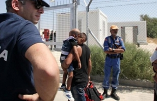 Güney Kıbrıs'tan siyasi sığınma isteyenlerin...