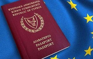 Güneyde pasaportlar tartışma konusu olmaya devam...