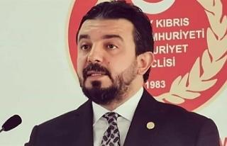 Zaroğlu'ndan vize ve ikamet tüzüğüne eleştiri
