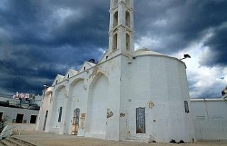 """Arhangelos Mihail Kilisesi""""nin restorasyonu için..."""