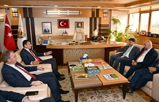 Bakan Oğuz'dan Türkiye'de temaslar