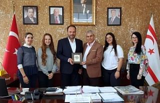 Bekirpaşa Lisesi Onur Kurulu'ndan Sadıkoğlu'na...
