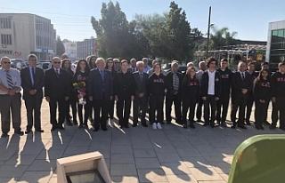 Bülent Ecevit KKTC'de anıldı