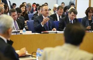 """Çavuşoğlu: """"Kıbrıs konusunda sırf müzakere..."""
