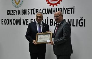 Ekonomi ve Enerji Bakanı Taçoy KKTC'ye çalışma...