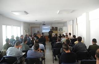 Elektrik , elektronik öğretmenlerine seminer