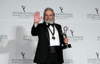 Haluk Bilginer Emmy Ödüllerinde En iyi Erkek Oyuncu...
