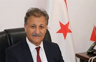 "Sağlık Bakanı Pilli: ""Bülent Ecevit'i..."