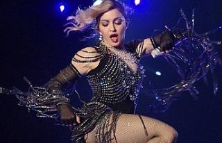 Şarkıcı Madonna, sağlık sorunları nedeniyle...